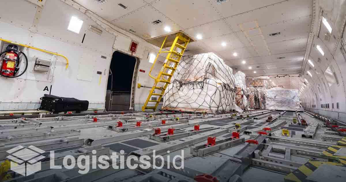 Pasar Angkutan Udara Menggila dengan Lonjakan Volume dan Tarif