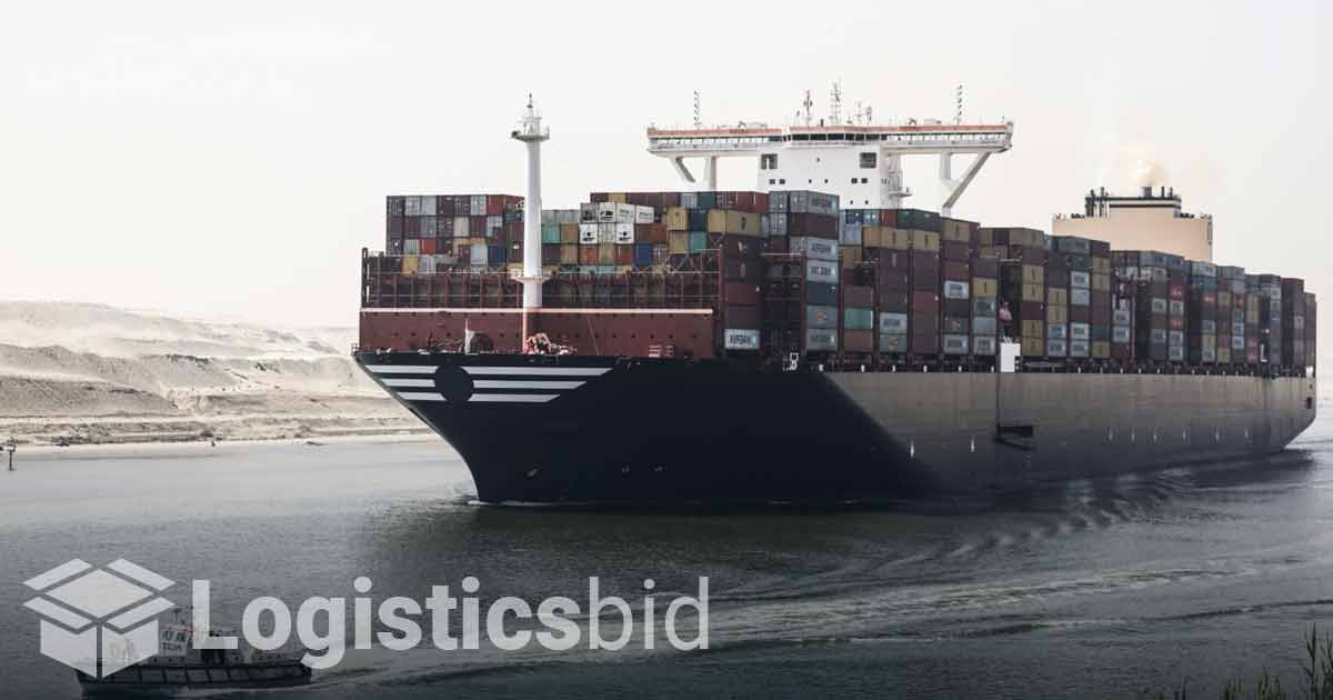 Pemasok Berusaha Menyelesaikan Kekacauan di Suez