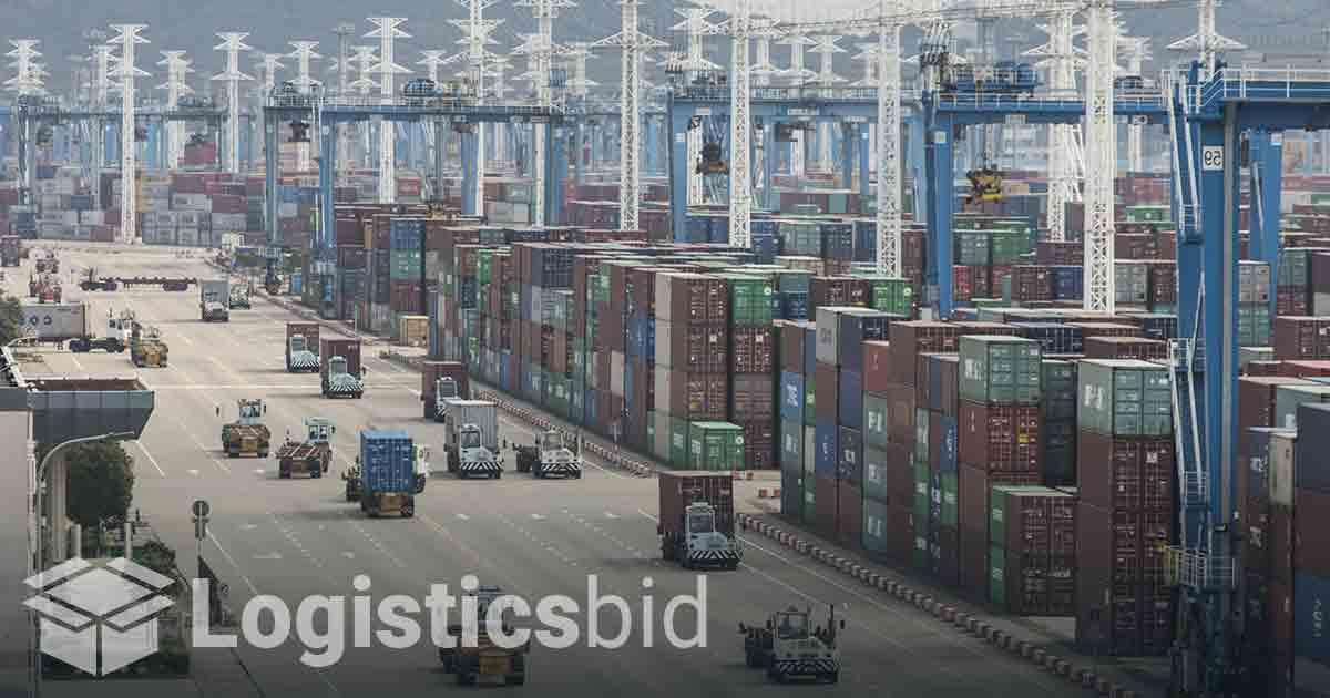 Penutupan Pelabuhan Cina Memicu Kekhawatiran Seluruh Dunia