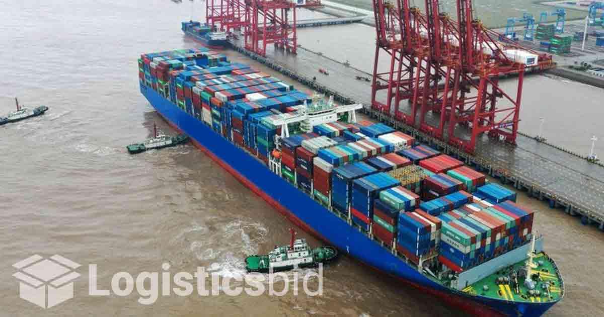 Cina Menutup Sebagian Pelabuhan Utama Pasokan Global Khawatir