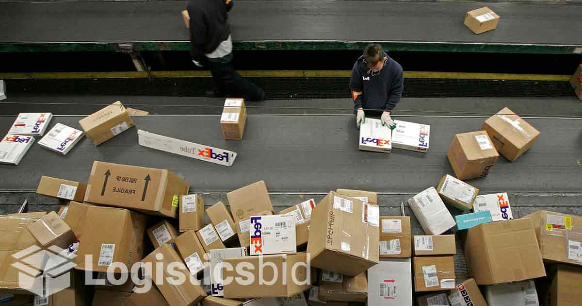 Duopoli UPS FedEx Terancam Lonjakan Logistik E-commerce